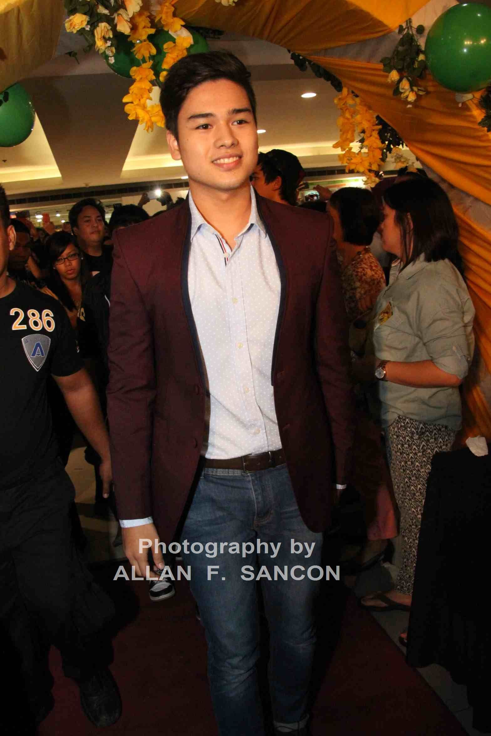 Marco-Gumabao-SDTG-Premiere-Night.jpg