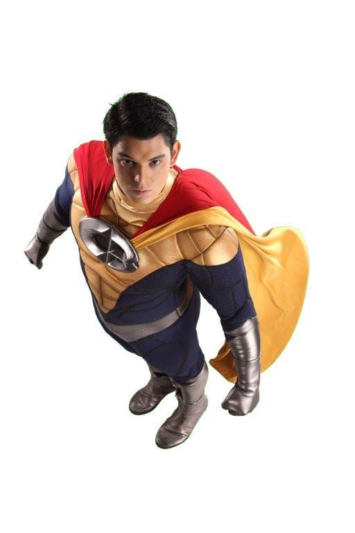 CB-Richard-Gutierrez-costume-5