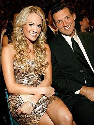 Carrie underwood dating tony romo