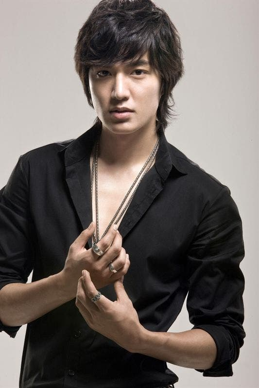 """Lee Min-Ho , popularly known as Gu Jun Pyo in """"Boys Over Flowers ..."""