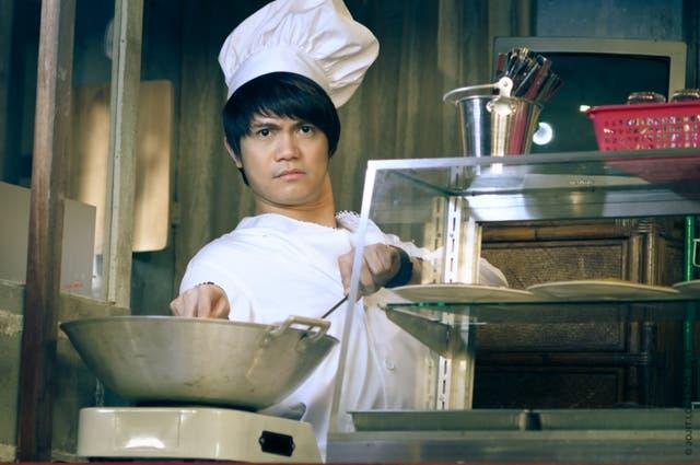 1 Vhong Navarro as Justin Bibbo JOJITLORENZO0438JPG