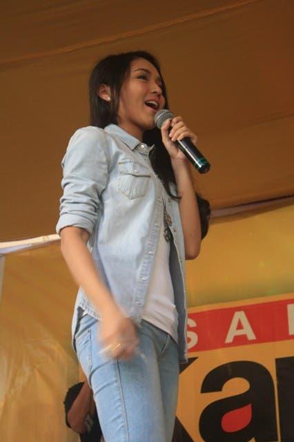 Kathryn Bernardo (2)