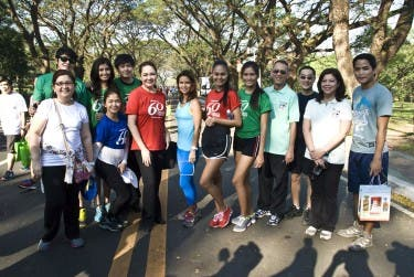 Kapamilya stars and executives in full support of the run (2)