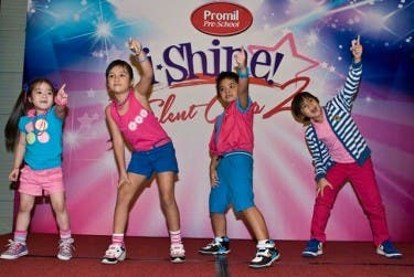 2012 Top 4 i-Shiners on stage