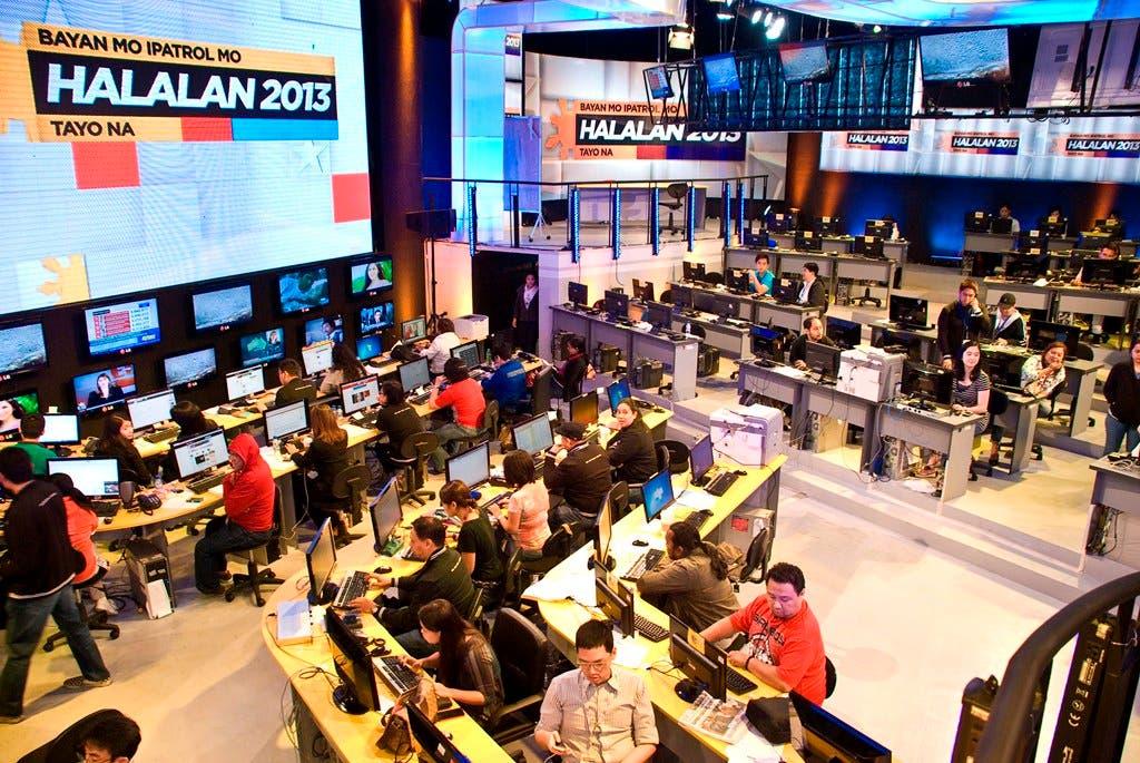 ABS-CBN's Halalan 2013 war room