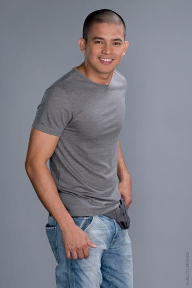 Jason Abalos as Clavio
