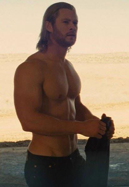 Chris Hemsworth Is People S 2014 Sexiest Man Alive Starmometer