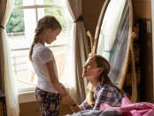 Christy (JENNIFER GARNER) assures Anna (KYLIE ROGERS) that everything will be alright in Columbia Pictures' MIRACLES FROM HEAVEN.