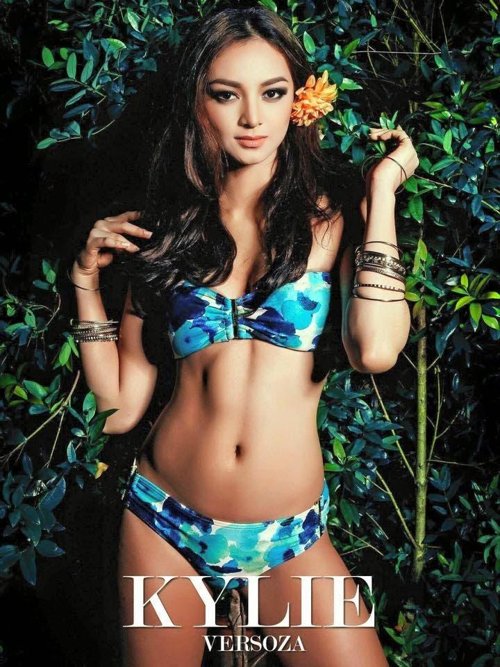 Kylie-in-Swimsuit.jpg