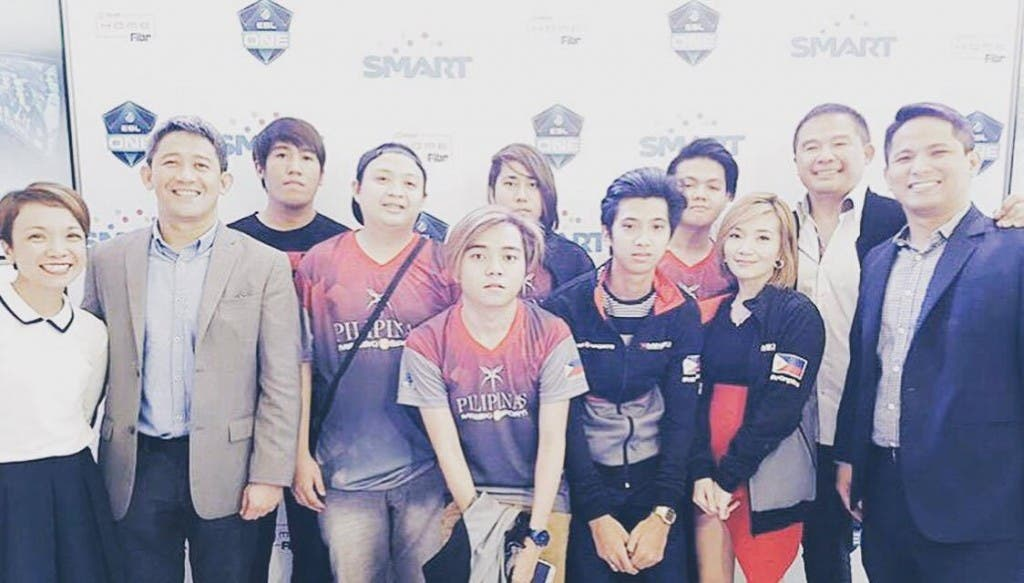 pldt home fibr and smart announce team mineski sports5 as ph bet to esl one manila 2016. Black Bedroom Furniture Sets. Home Design Ideas