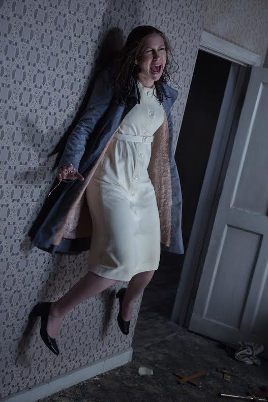 Vera Farmiga Fights Demons Anew in 'The Conjuring 2' | Starmometer Vera Farmiga