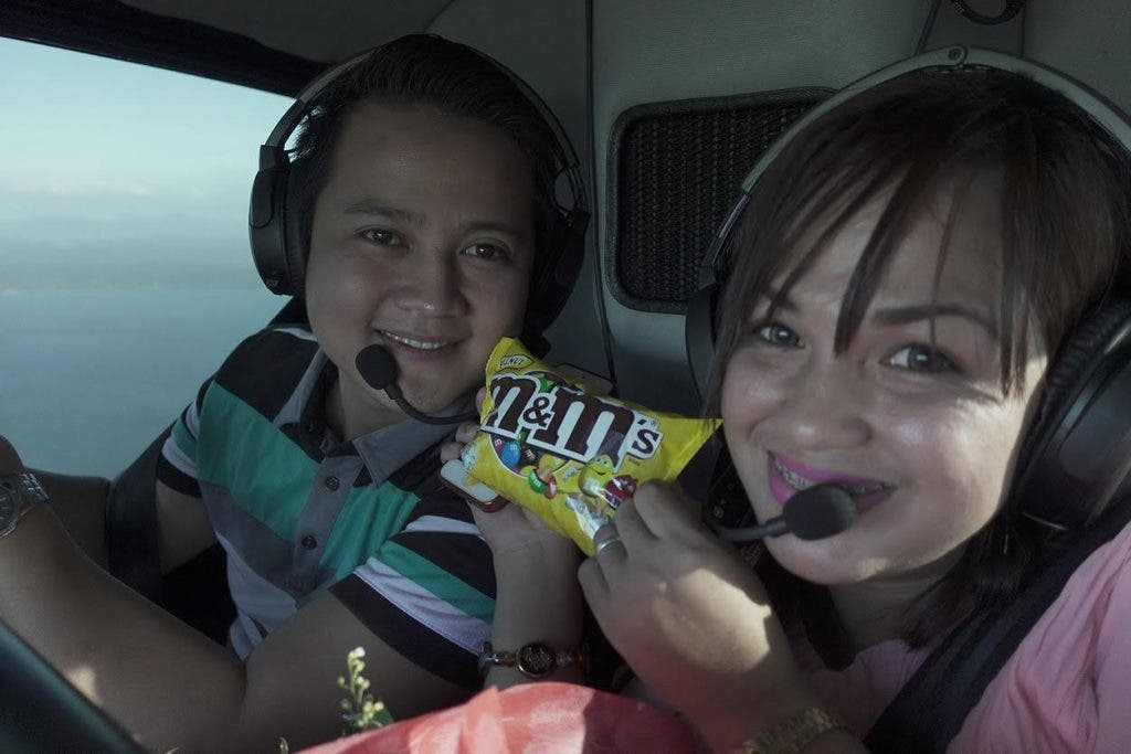 Jessa and Froilan on their way to Tagaytay lunch date via helicopter.