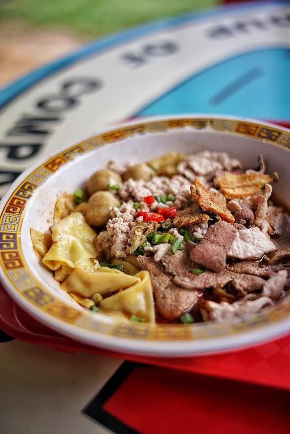 One of the two Singaporean hawker stalls to receive a Michelin Star, the Hill Street Tai Hwa Pork Noodle is proof of the country's superior-quality and affordable hawker food offerings.