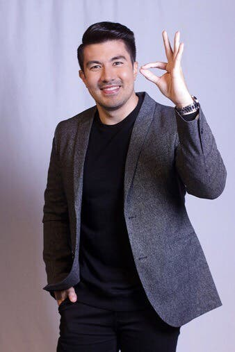 Luis Manzano Hosts The Mystery Music Game Show I Can See