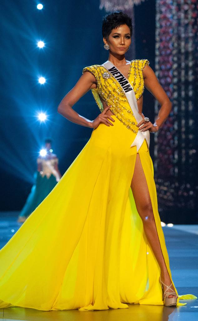 Miss Universo 2019 >> Miss Universe 2018 – Our Top 20 Hot Picks | Starmometer
